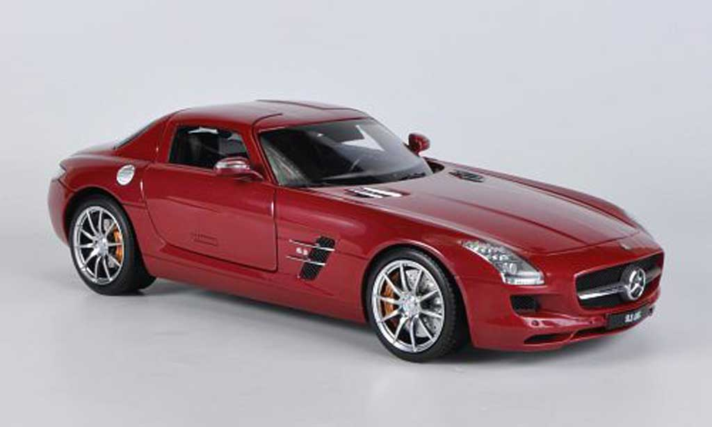 Mercedes SLS 1/18 Welly coupe AMG (C197) rouge miniature