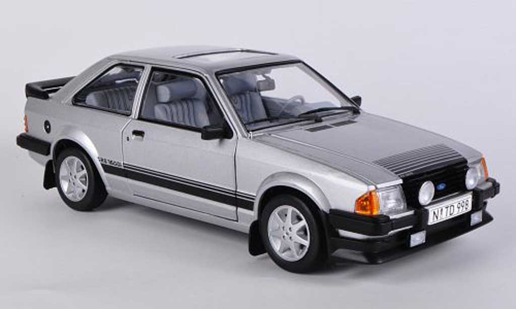Ford Escort RS 1600 1/18 Sun Star grise 1984 miniature