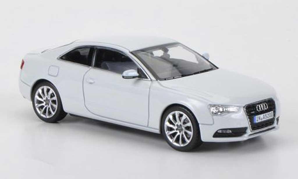 Audi A5 1/43 Norev Coupe blanche 2011 miniature