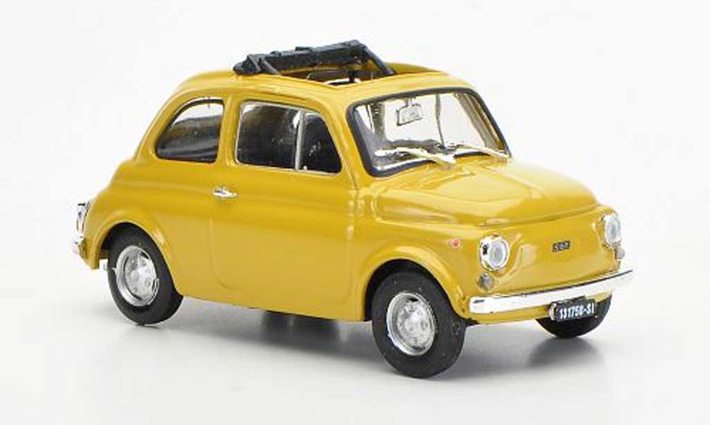 Fiat 500 R 1/43 Brumm R beige ge?ffnetes Faltdach 1972 diecast model cars