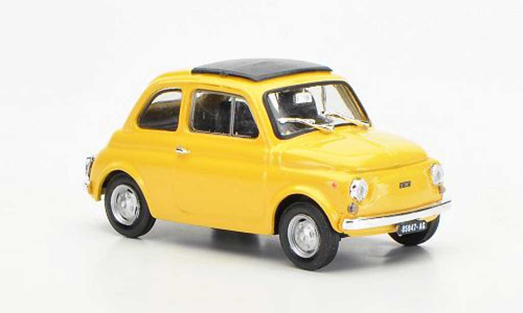 Fiat 500 R 1/43 Brumm R yellowbeige geschlossenes Faltdach 1972 diecast model cars