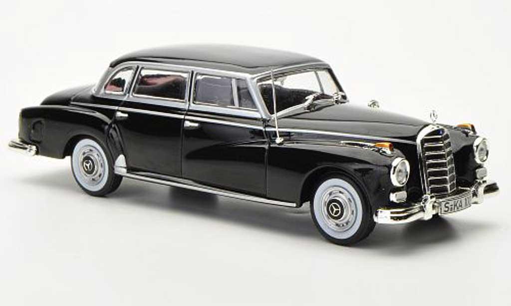 Mercedes 300 D 1/43 WhiteBox noire 1957 miniature