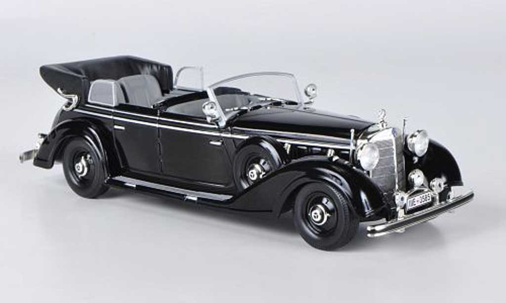 Mercedes 770 1/43 WhiteBox K Cabriolet noire 1938 miniature