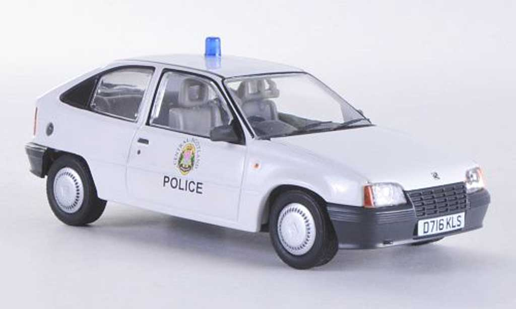 Opel Astra 1/43 Vanguards Mk2 Merit Central Scotland Police Polizei (UK) RHD miniature