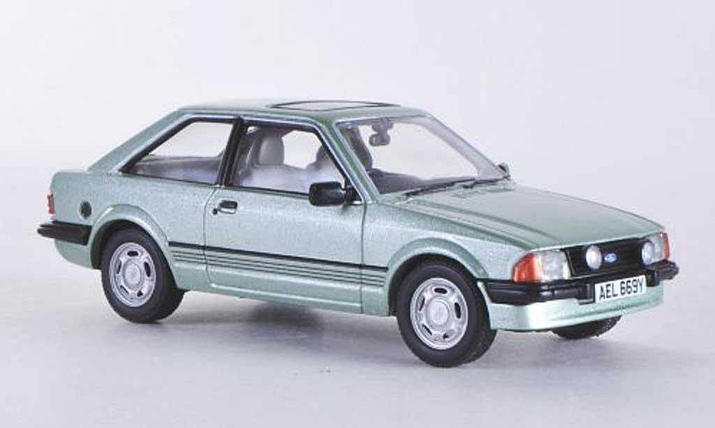 Ford Escort MK3 1/43 Vanguards 1.6 Ghia verte RHD  miniature