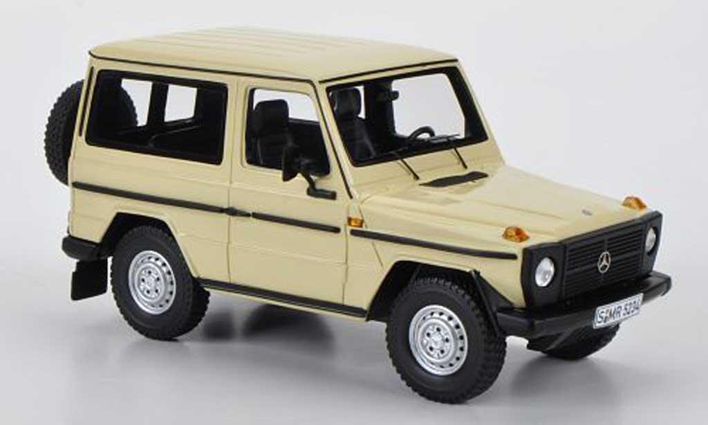 Mercedes 230 G 1/43 Spark (W460) beige 1979 miniature