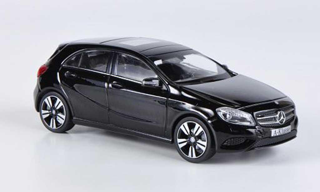 Mercedes Classe A 1/43 Schuco (W176) noire 2012 miniature