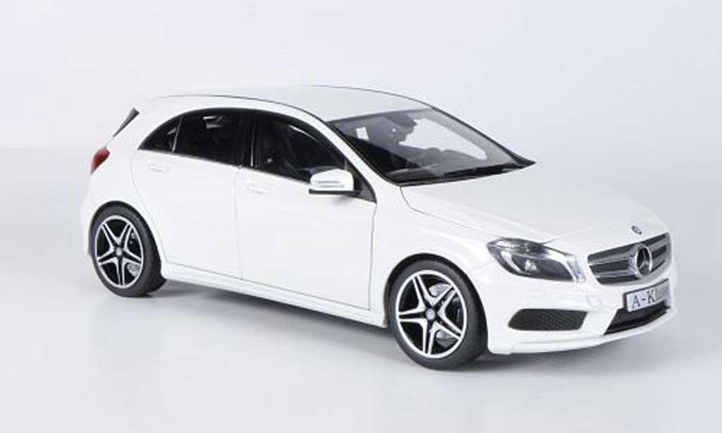 Mercedes Classe A 1/18 Norev (W176) blanche 2012 miniature