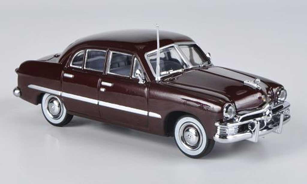 Ford Custom 1949 1/43 American Heritage Models 1949 4-portes Sedan marron miniature