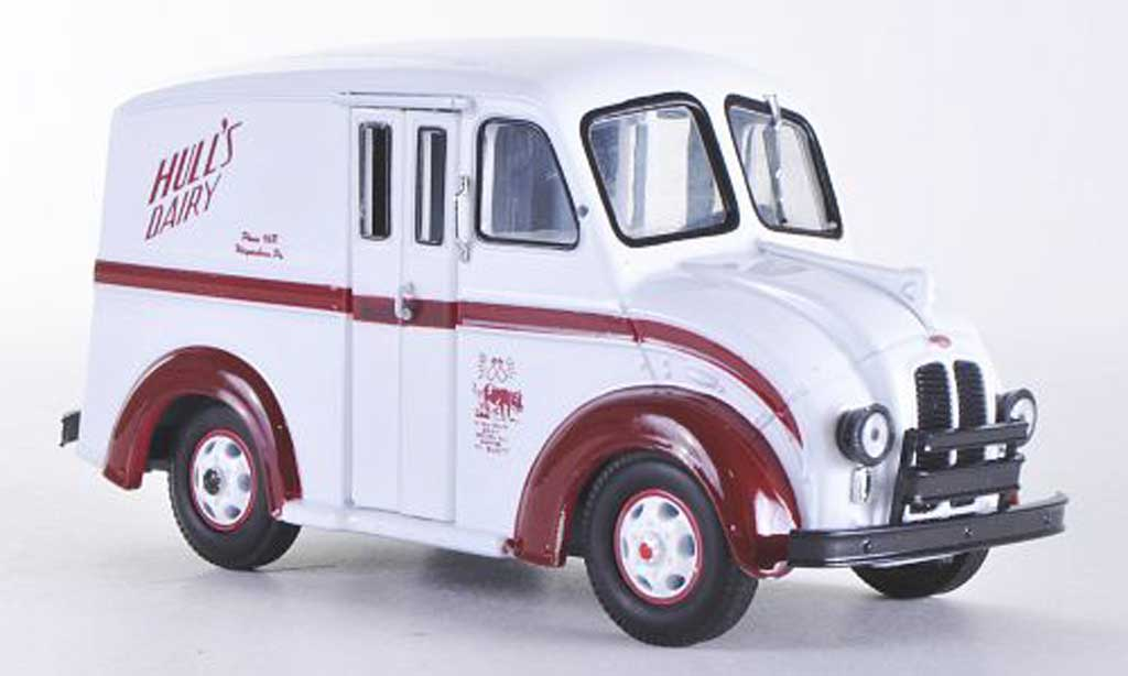 Divco Delivery 1/43 American Heritage Models Hull's Dairy miniature
