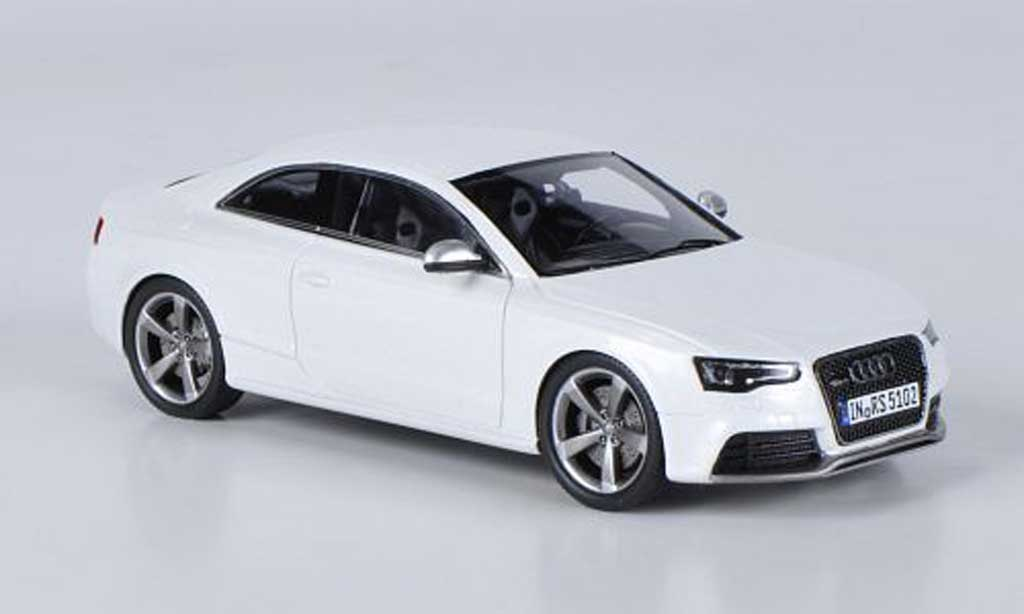 Audi RS5 1/43 Spark coupe blanche 2012 miniature