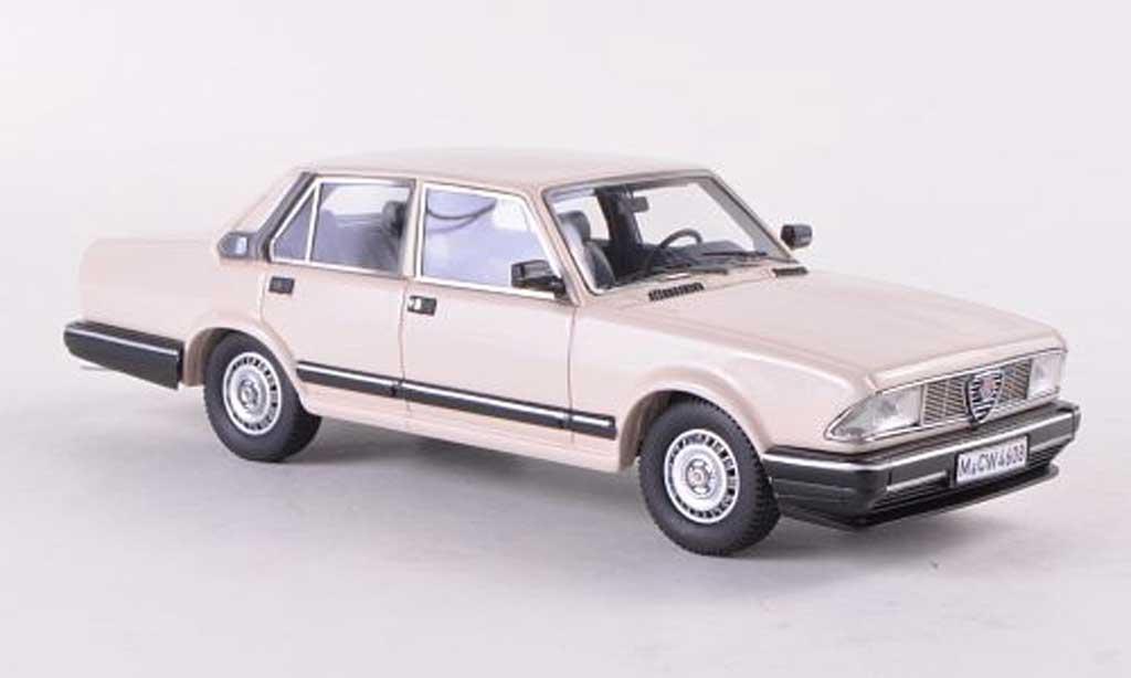Alfa Romeo Alfa 6 2.5i 1/43 Neo 2500i beige  1985 miniature