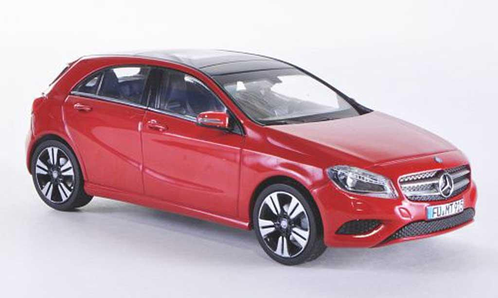 Mercedes Classe A 1/43 Schuco (W176) rouge 2013 miniature