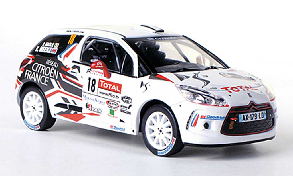 DS Automobiles DS3 R3 1/43 IXO R3 No.18 Total K.Meeke / P.Nagle Rally Mont-Blanc Morzine 2010 miniature