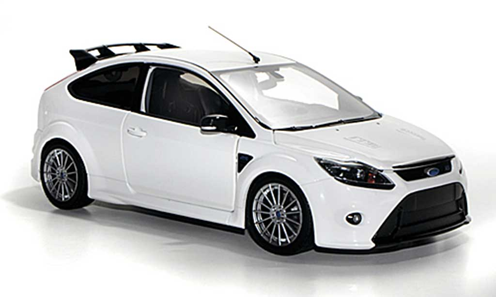 Ford Focus RS 1/18 Minichamps MkII white 2010 diecast model cars