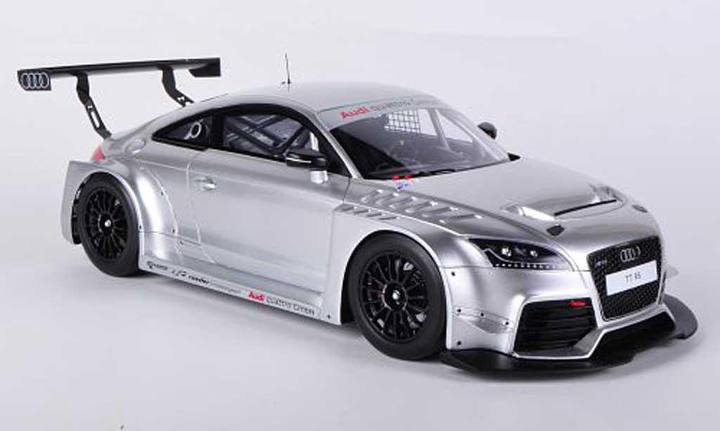 Audi TT 1/18 Spark VLN Pesentationsmodell 2011