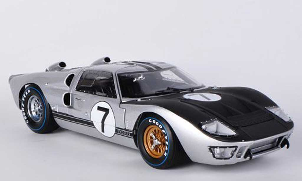 Ford GT 40 1/18 Shelby Collectibles MkII No.7 Alan Mann Racing G.Hill / B.Muir 1966 miniature
