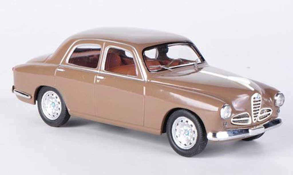 Alfa Romeo 1900 1/43 M4 Berlina brown 1976 diecast