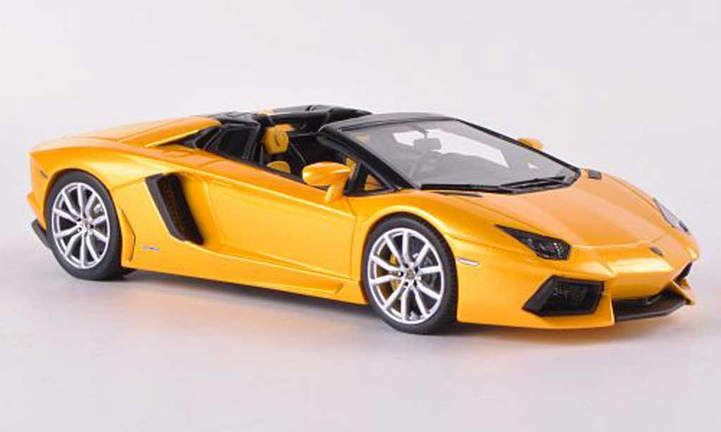 Lamborghini Aventador LP700-4 1/43 Look Smart Roadster met.jaune  miniature