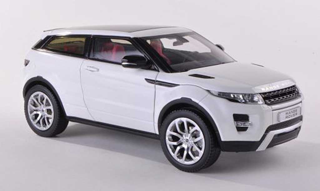 Range Rover Evoque 1/18 Welly Coupe blanche LHD miniature