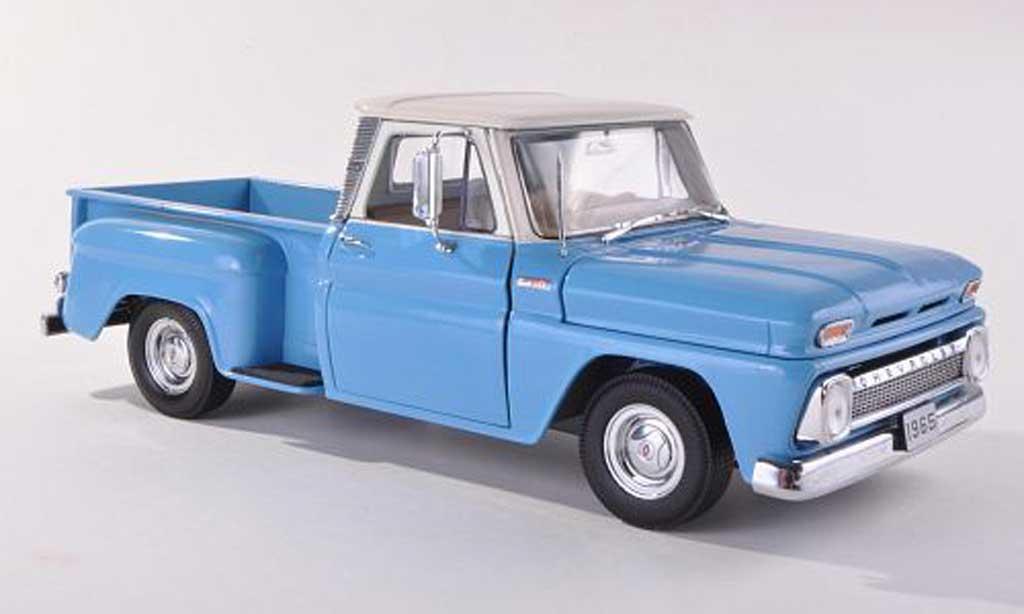 Chevrolet C-10 1/43 Sun Star Pick Up Stepside clair-bleu / beige miniature