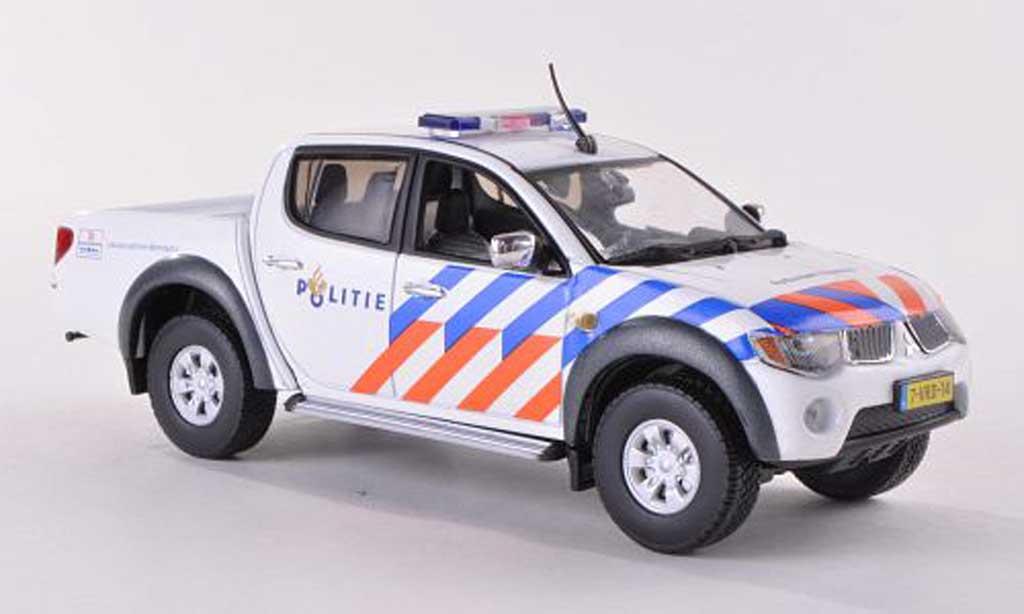 Mitsubishi L200 1/43 Vitesse Politie rougeterdam-Rijnmond Polizei (NL)  miniature