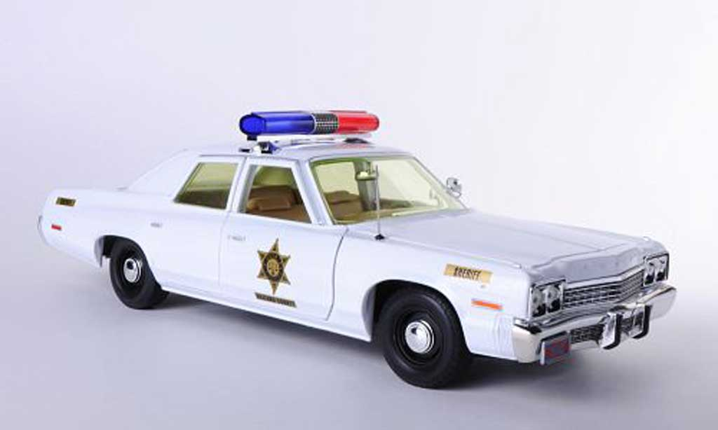 Dodge Monaco 1974 1/18 Johnny Lightning Hazzard County Sheriff The Dukes of Hazzard - Rosco Patrol Car miniature