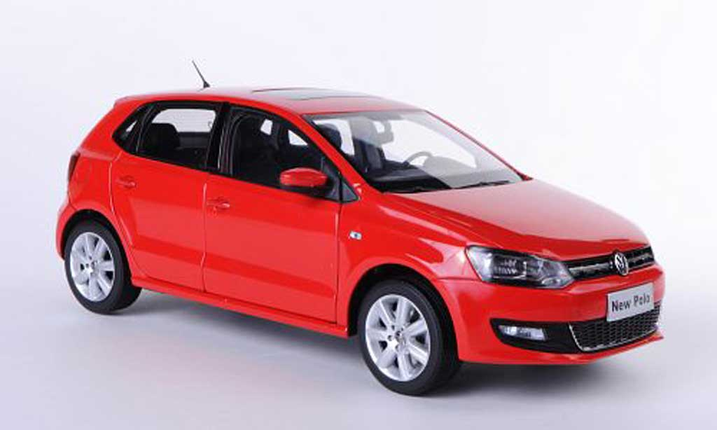 Volkswagen Polo 1/18 Paudi V rouge Asien-Version 2011 miniature