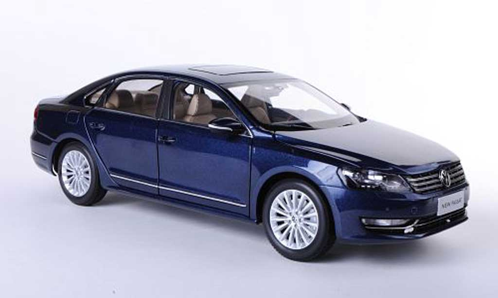 Volkswagen Passat 1/18 Paudi (NMS) bleu Asien-Version 2011 diecast