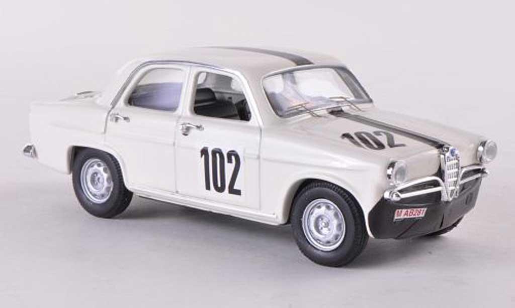 Alfa Romeo Giulietta Ti 1/43 Rio No.102 Rader/Bergman Nurburgring 1963 miniatura