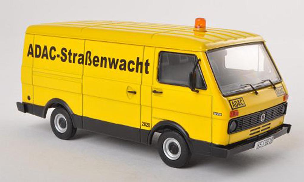 Volkswagen LT28 1/43 Premium ClassiXXs combi ADAC miniature