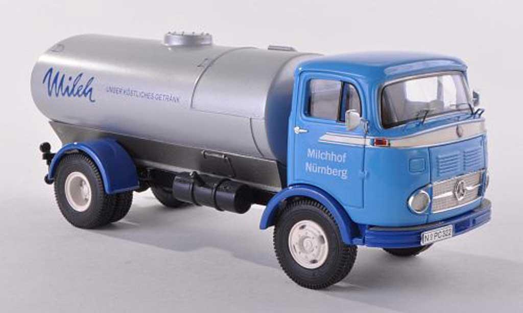 Mercedes LP 911 1/43 Premium ClassiXXs camion-citerne Milch bleu miniature