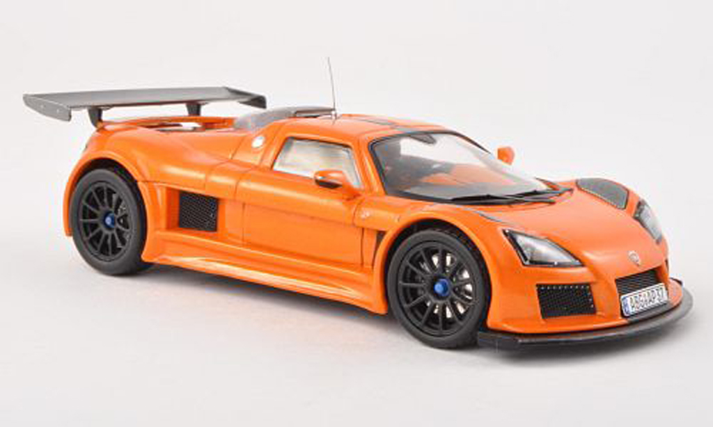 Gumpert Apollo 1/43 IXO S l 2010