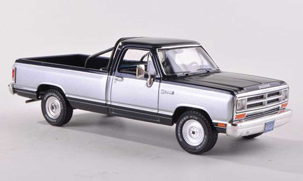 Dodge RAM 1/18 Premium X Pick Up noire-bleu / d  1987 miniature