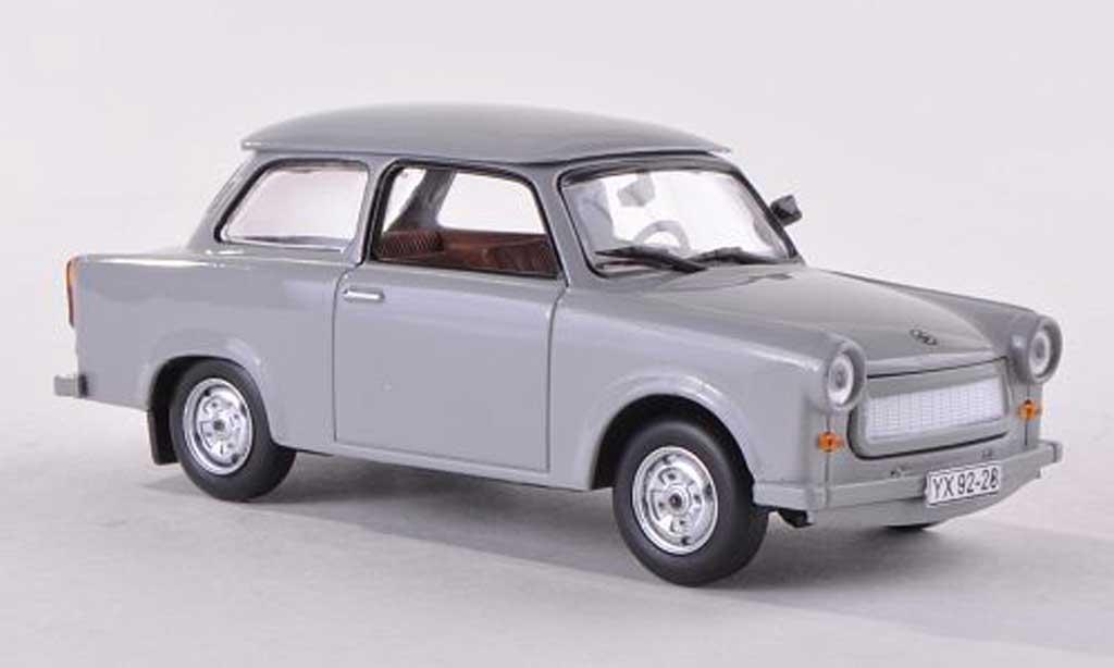 Trabant 601 1/43 IST Models gris miniature
