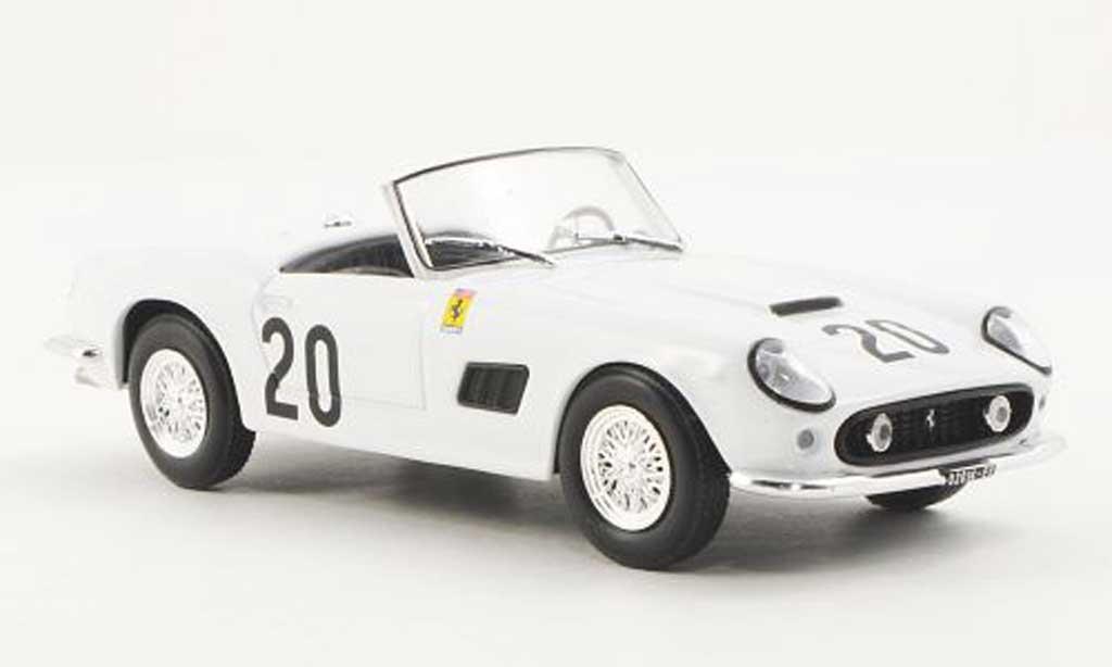 Ferrari 250 GT California 1/43 Ferrari Racing Collection 24h Spa W.Sturgis / J.Schlesser 1962 miniature