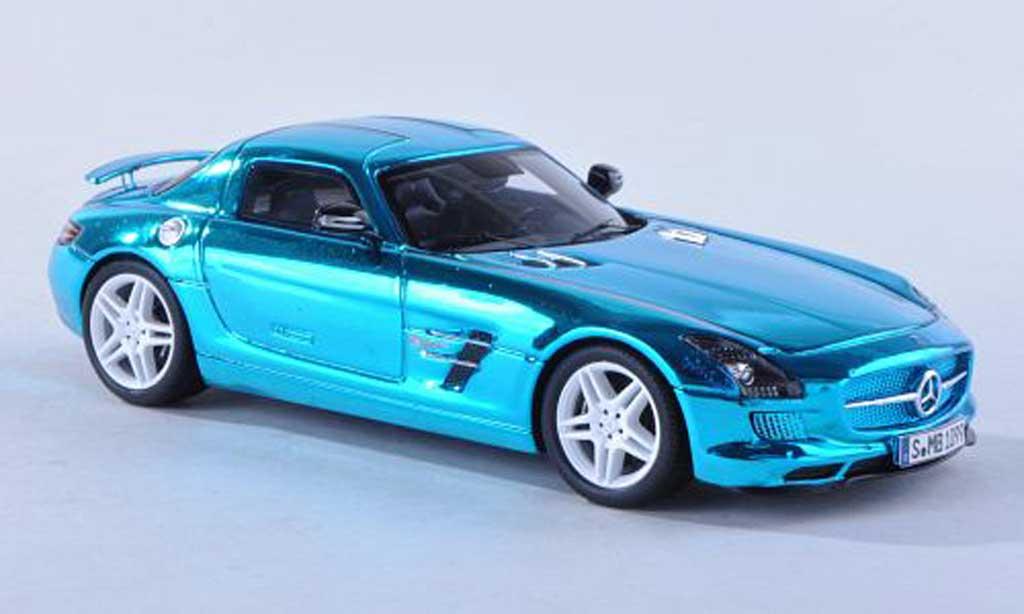 Mercedes SLS 1/43 Spark AMG E-conduire clair-bleu 2012 miniature
