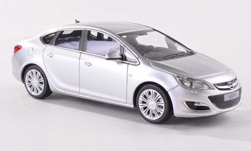 Opel Astra 1/43 Minichamps J Limousine grise 4-Turer 2012 miniature