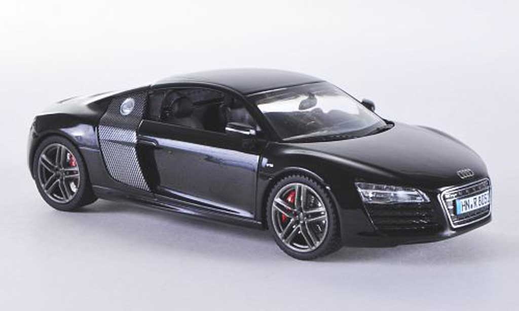Audi R8 1/43 Schuco nero/carbon 2012 miniatura