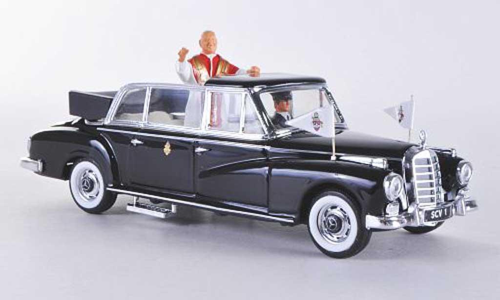 Mercedes 300 D 1/43 Rio Limousine schwarz 1960 modellautos