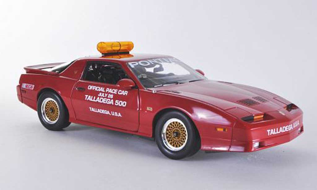 Pontiac Trans Am 1/18 Greenlight GTA Talladega 500 Pace Car 1987 miniature