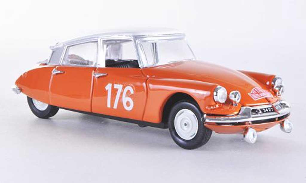 Citroen DS 19 1/43 Rio Montecarlo No.176 63 Castelloni/Desroie miniature
