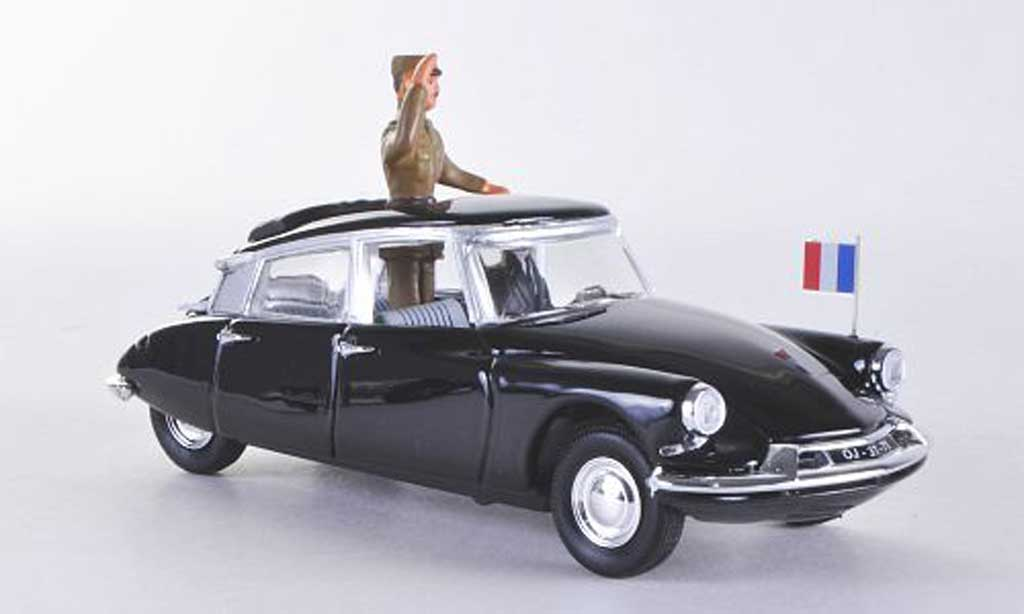 Citroen DS 19 1/43 Rio General de Gaulle 1960 miniature