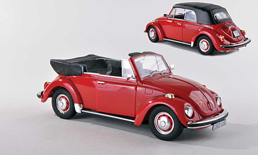 Volkswagen Coccinelle 1/18 Revell 1302 LS cabriolet rouge miniature