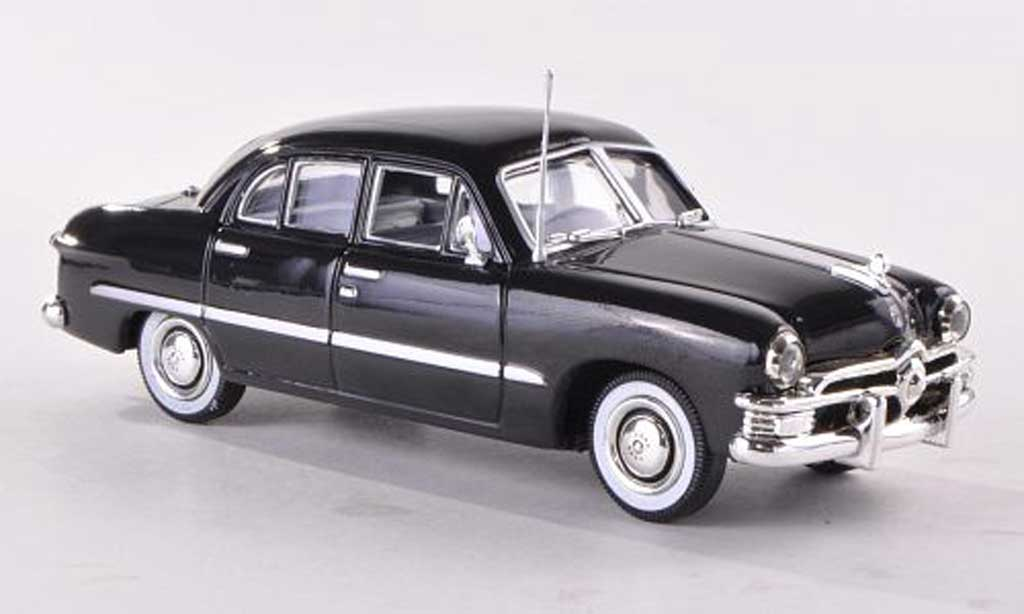 Ford Custom 1950 1/43 American Heritage Models 1950 4-Door Sedan noire miniature