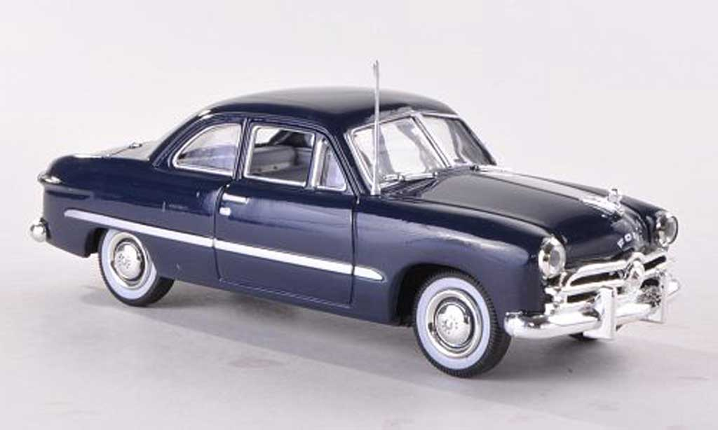 Ford Custom 1949 1/43 American Heritage Models 2-Door Coupe bleue miniature