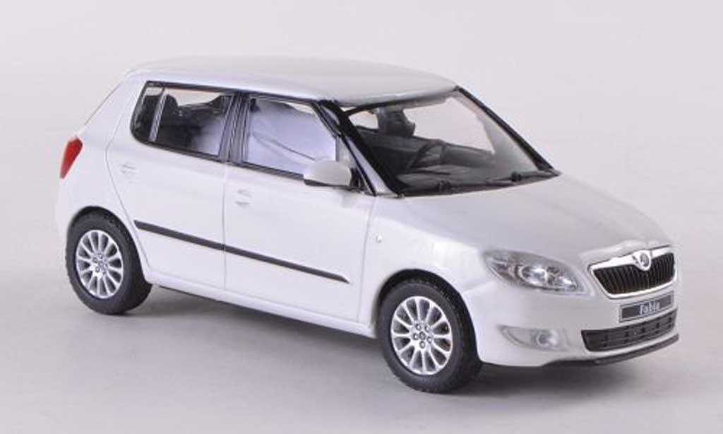 Skoda Fabia II 1/43 Abrex blanche Facelift 2010 miniature