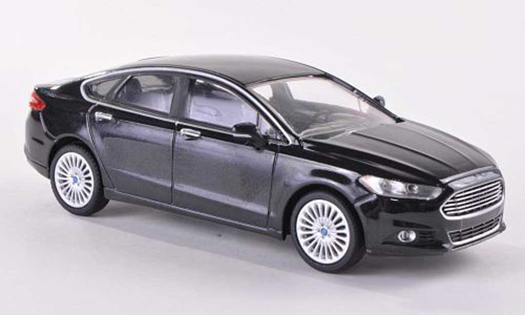 Ford Fusion 1/43 Greenlight noire  2013 miniature