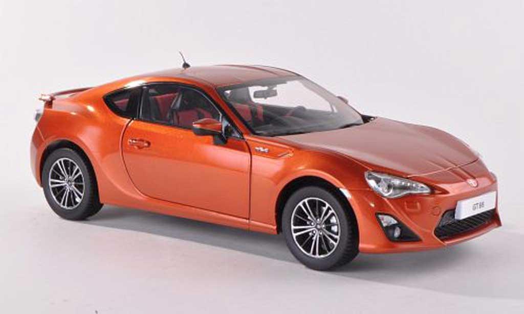 Toyota 86 2012 1/18 Century Dragon 2012 GT orange miniature