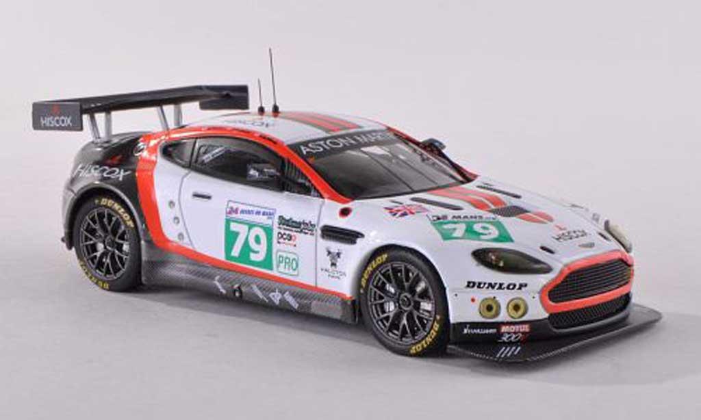 Aston Martin V8 Vantage 1/43 IXO No.79 Hiscox 24h Le Mans  2011 Hancock/Dolan/Buncombe miniature